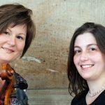 Die Musikerinnen Katja Zakotnik und naila Alvarenga